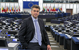 hemicycle m